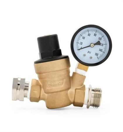 What is the adjustable pressure range of the 40058 regulator